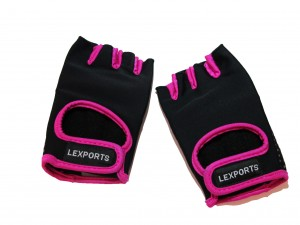 LEXPORTS-14014011-WEIGHT TRAINING GLOVES FOR WOMEN SIZE MEDIUM (17 CM  TO 19CM)